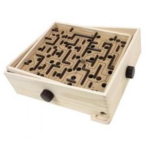 brio-labyrinthe-geant-en-bois.jpg