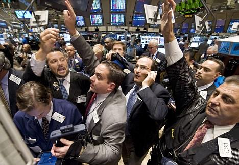 wall-street-traders.jpg