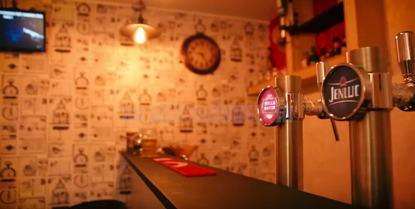 bar.jpg