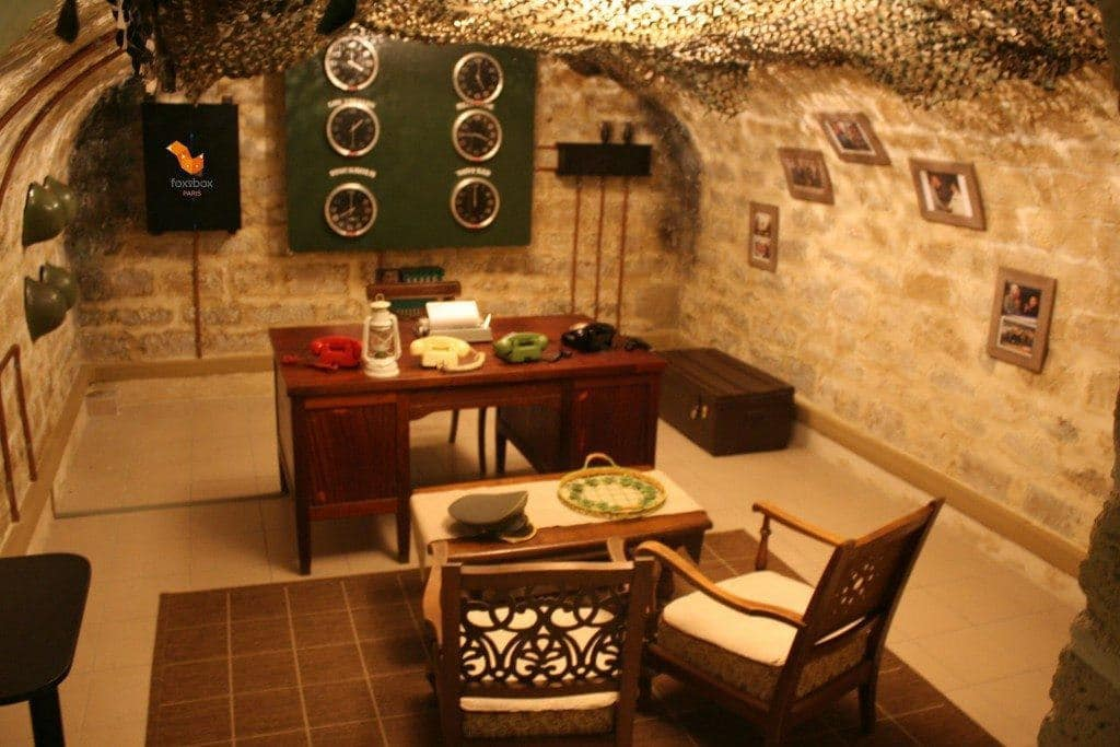 Fox-In-a-Box-Paris-Bunker-3.jpg