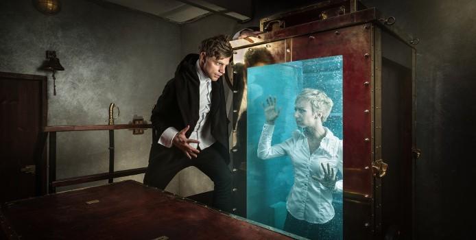 Claustrophobia-Houdini-Escape-1.jpg